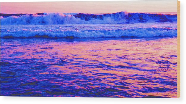 Seascape Wood Print featuring the photograph Pacific Sunset 42 by Lyle Crump