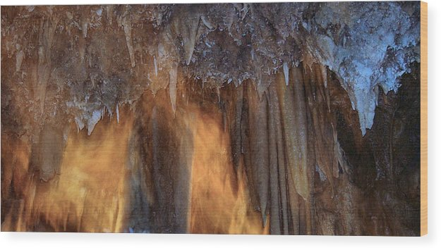 Caves Wood Print featuring the photograph Cavernous Moods by Stephanie H Johnson