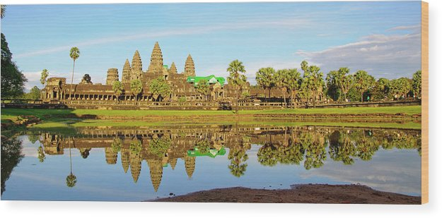 Tranquility Wood Print featuring the photograph Angkor Wat by Photo By Ramón M. Covelo
