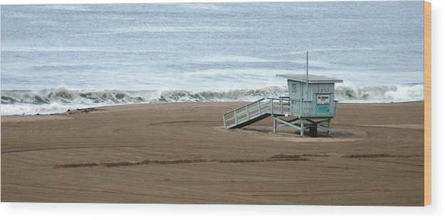Beach Wood Print featuring the photograph Life Guard Stand - Color by Shari Chavira