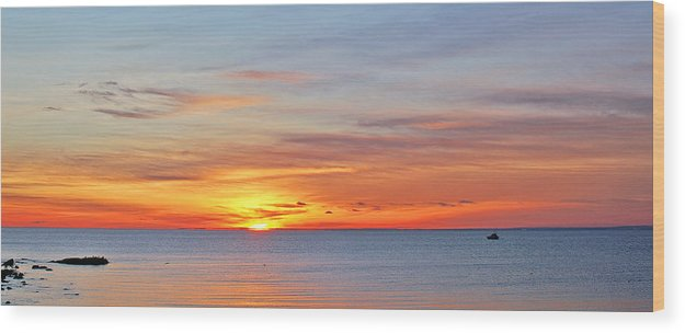 Sunrise Wood Print featuring the photograph Superior Sunrise by Bill Morgenstern