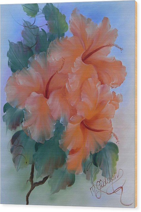 Hibiscus Wood Print featuring the painting Hibiscus Delight by Micheal Giddens