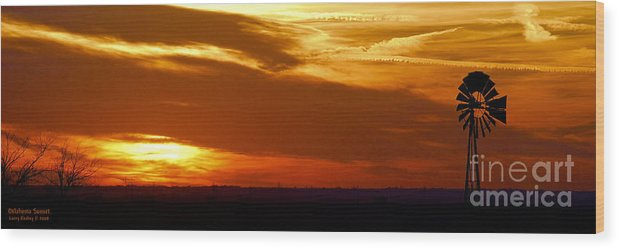 Landscape Wood Print featuring the photograph Oklahoma Sunset by Larry Keahey