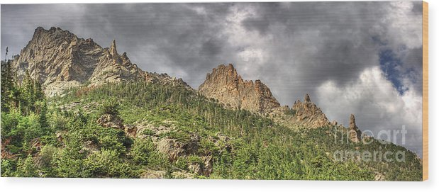 Colorado Wood Print featuring the photograph Colorado Ridgeway by Pete Hellmann