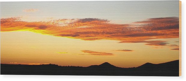 Sunset Wood Print featuring the photograph Glowing Sunset One by Ana Villaronga