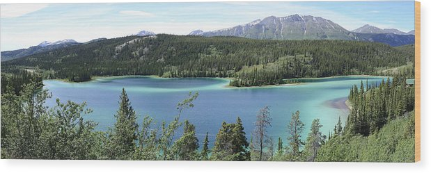 Emerald Lake Wood Print featuring the photograph Emerald Lake by Richard Henne