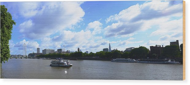 Cruise 2013 Wood Print featuring the photograph Thames in August by Richard Henne