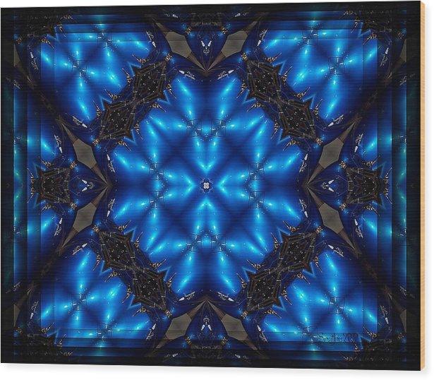 Spear Wood Print featuring the digital art Royal Blue by Robert Orinski