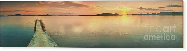 Pier Wood Print featuring the photograph Sunset Panorama by MotHaiBaPhoto Prints