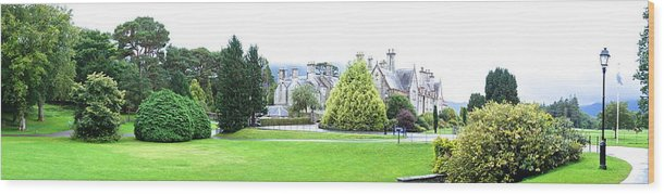 Muckross Castle Wood Print featuring the photograph Muckross Castle by Charlie Brock