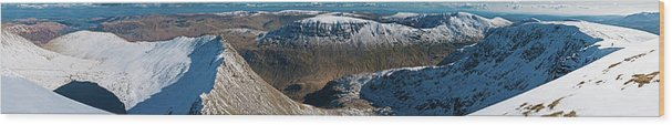 Scenics Wood Print featuring the photograph Lake District Striding Edge Helvellyn by Fotovoyager