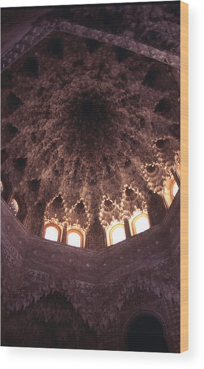 Alhambra Wood Print featuring the photograph Alhambra Sculpted Domed Ceiling by Richard Thomas