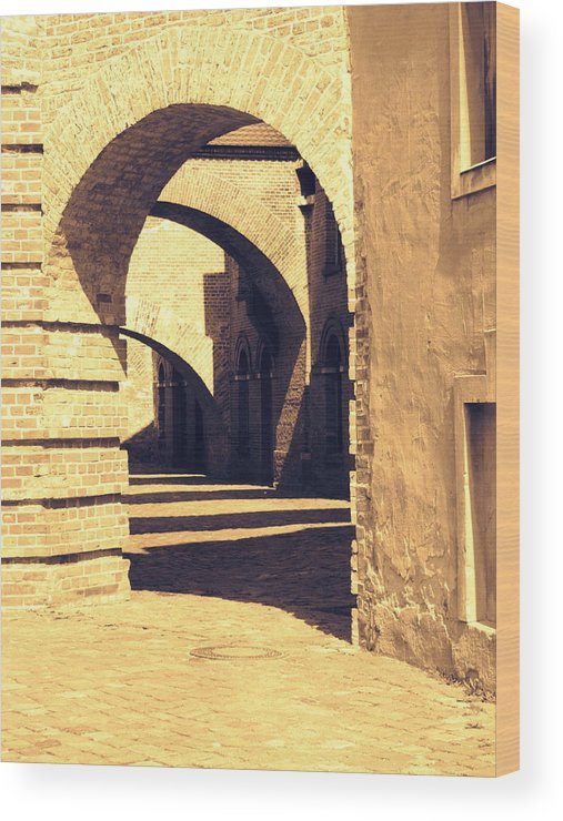 Berlin Wood Print featuring the photograph Archways by Stephanie Olsavsky