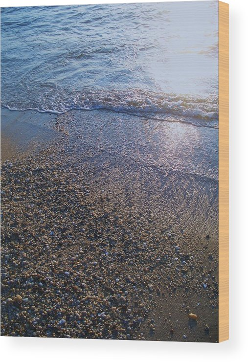 Waves Wood Print featuring the painting Refreshing Surf by Eric Schiabor