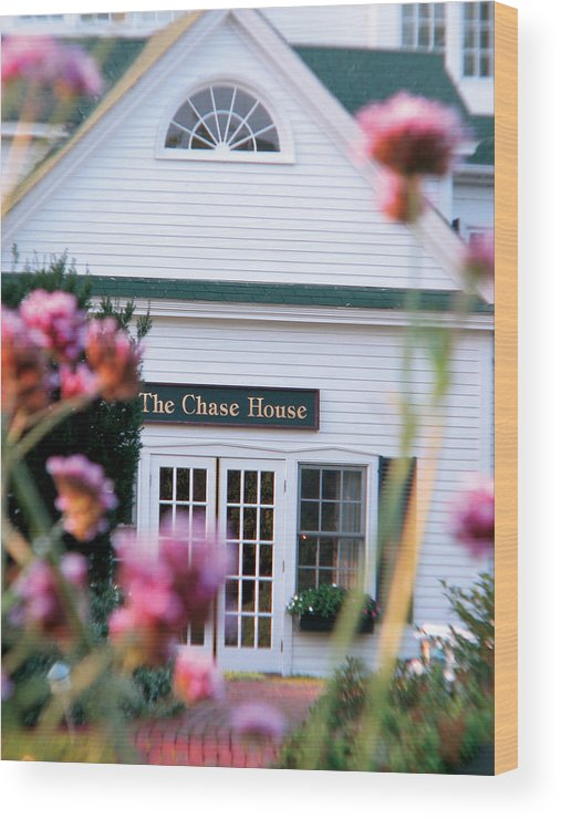 The Chase House Wood Print featuring the photograph Chase House by Michael Mooney