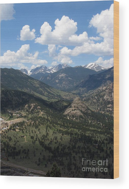 Colorado Wood Print featuring the photograph Colorado by Amanda Barcon