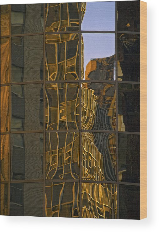 Architectural Detail Wood Print featuring the photograph New York Sunset 1 by Robert Ullmann