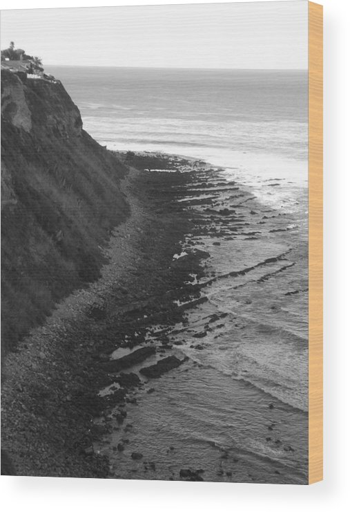 Beaches Wood Print featuring the photograph Oceans Edge by Shari Chavira