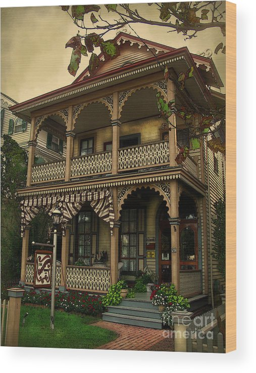 Cape May Wood Print featuring the photograph Painted Lady No. 28 by Colleen Kammerer