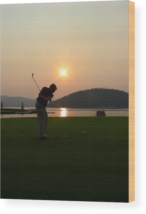 Golf Wood Print featuring the photograph The Floating Green by Peter McIntosh