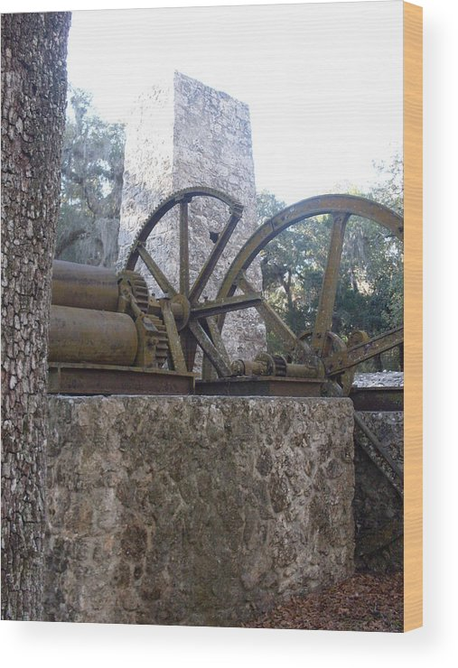 Historic Site Florida Mill Wood Print featuring the photograph Yulee Sugar Mill Old Homassa Fl. by Warren Thompson