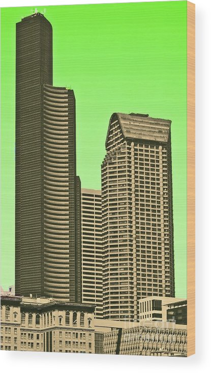 Columbia Wood Print featuring the photograph Downtown Hi-rise by Tracy Long