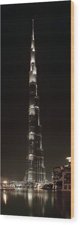 burj Khalifa Wood Print featuring the photograph Burj Khalifa Tower - Dubai by Daniel Hagerman