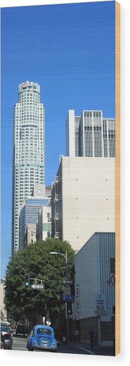 Skyscraper Wood Print featuring the photograph Los Angeles 0586 by Edward Ruth