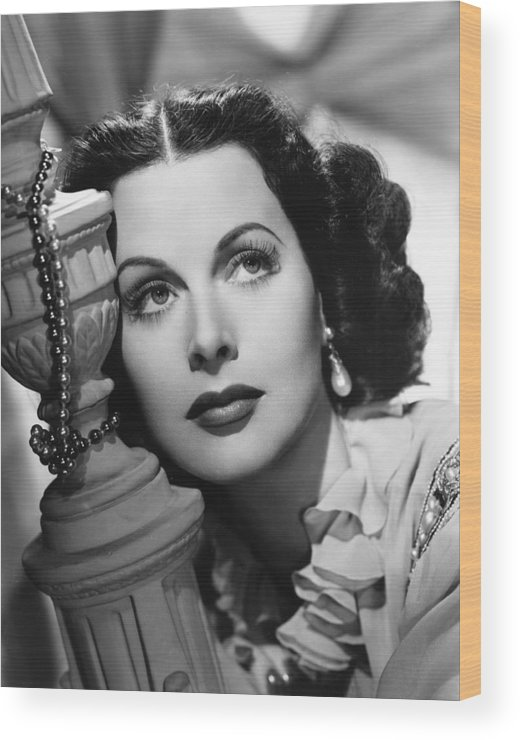1940s Portrait Wood Print featuring the photograph Hedy Lamarr, Ca. Early 1940s by Everett