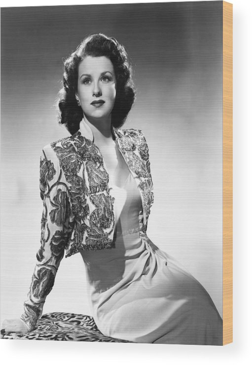 1940s Fashion Wood Print featuring the photograph Ruth Warrick, Ca. Late 1940s by Everett