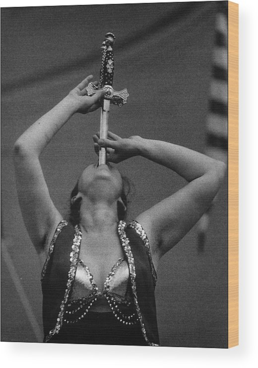 Carny Wood Print featuring the photograph Sword Swallower Carny Performer by Robert Ullmann