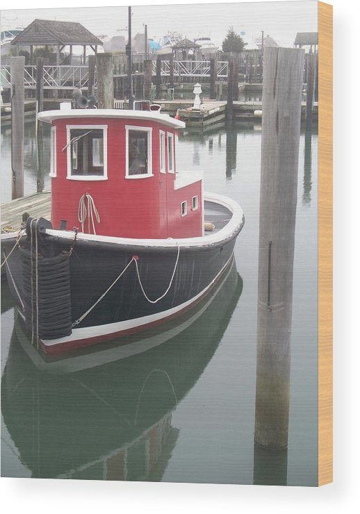 Tugboat Wood Print featuring the painting Little Tug by Eric Schiabor