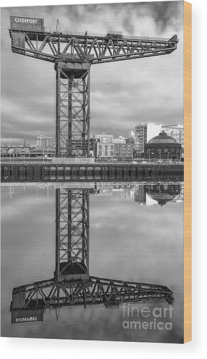 Glasgow Regenerated Wood Print featuring the photograph Finnieston Crane Glasgow by John Farnan