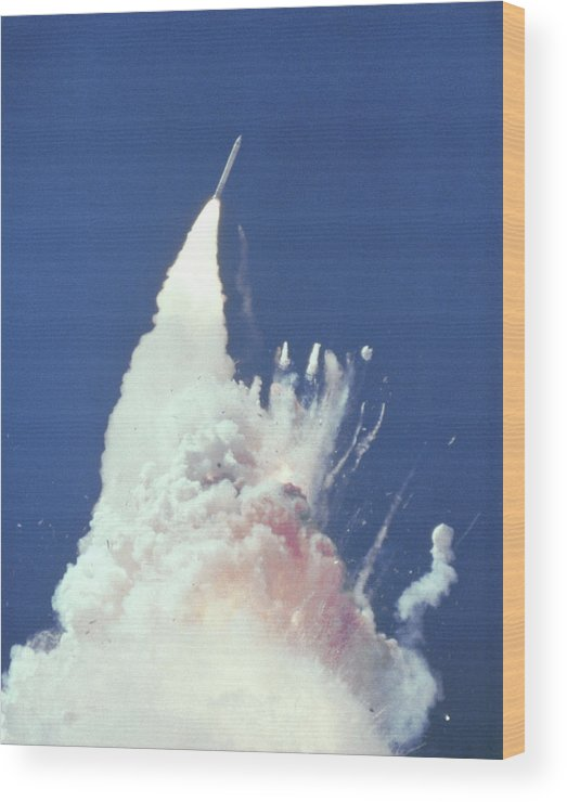Challenger Wood Print featuring the photograph Challenger Disaster by Nasa/science Photo Library