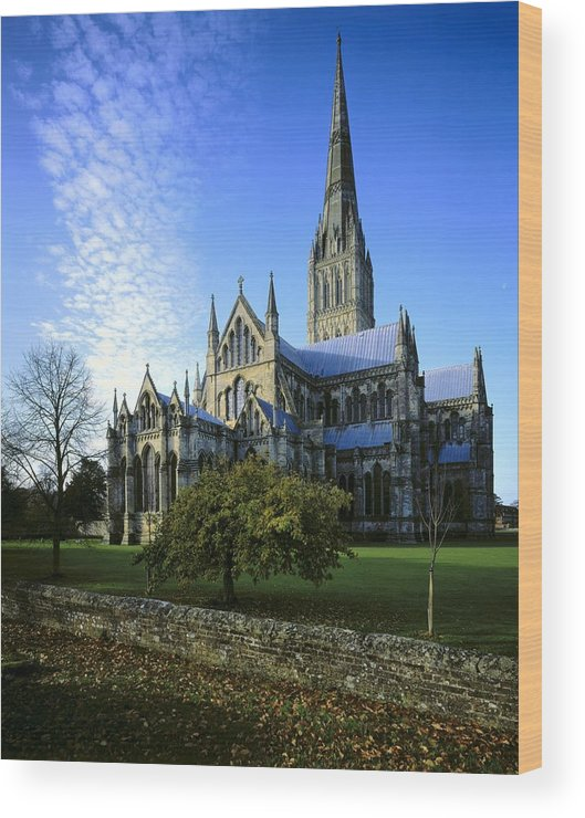 Vertical Wood Print featuring the photograph Salisbury Cathedral. 1220-1258. United by Everett