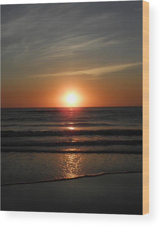 Sunrise Wood Print featuring the photograph Reflections Of The Rise by Kim Galluzzo Wozniak