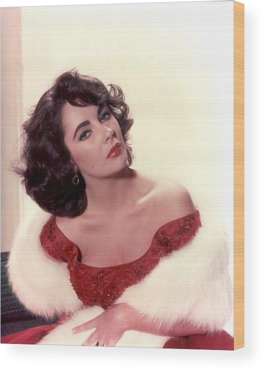 Wood Print featuring the photograph Elizabeth Taylor Diamond Are Forever With Her Collectin by Peter Nowell