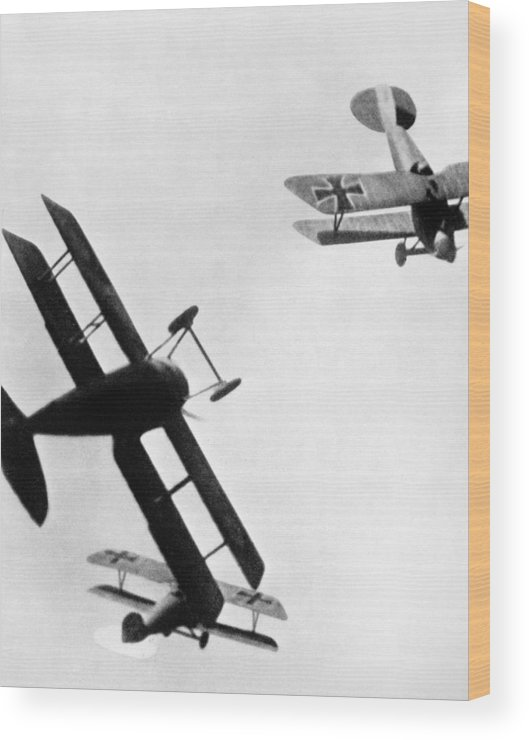 1914 Wood Print featuring the photograph Wwi: Dogfight by Granger