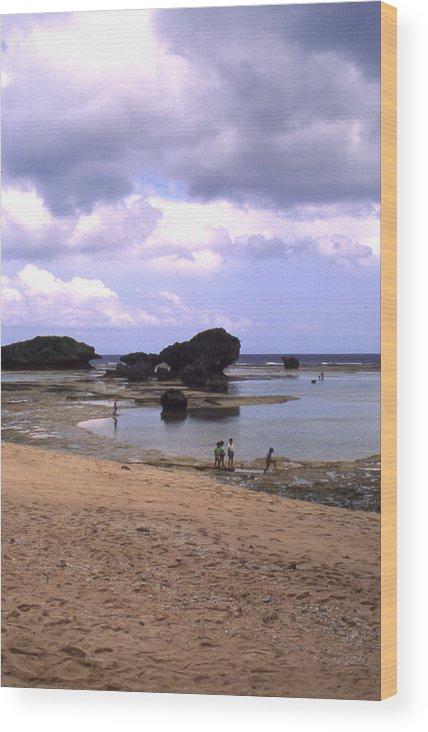 Okinawa Wood Print featuring the photograph Okinawa Beach 3 by Curtis J Neeley Jr
