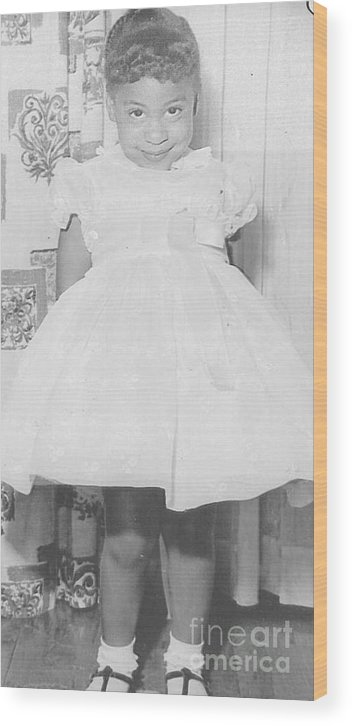 Little Girl Wood Print featuring the photograph And Mommie Made Me Smile by Angela L Walker