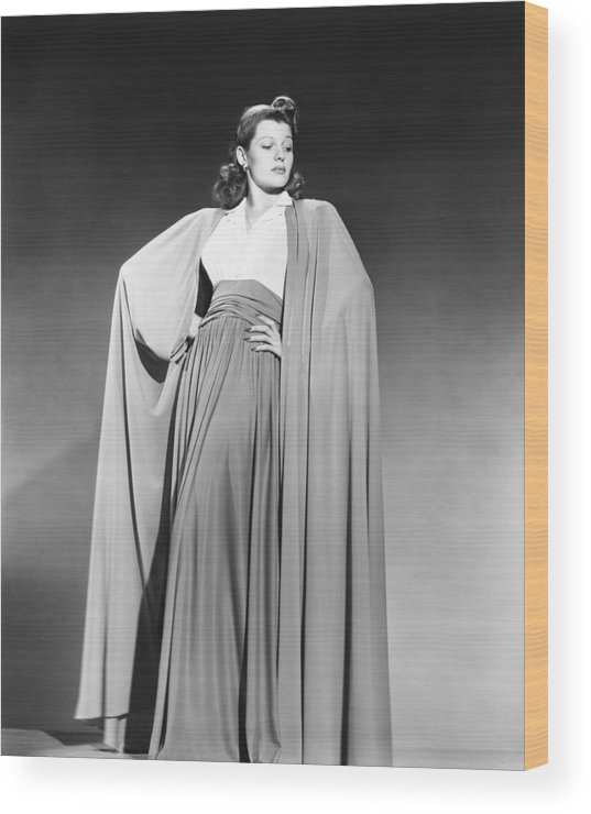 1940s Portraits Wood Print featuring the photograph Rita Hayworth, Columbia Portrait, Early by Everett