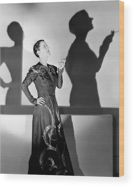 1930s Portraits Wood Print featuring the photograph Beatrice Lillie, 1938 by Everett