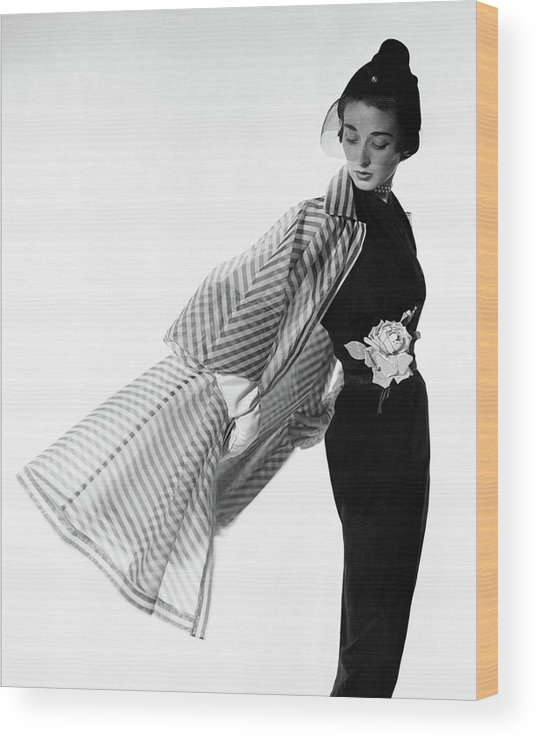 Accessories Wood Print featuring the photograph Dorian Leigh Wearing A Bonnie Cashin Dress by Cecil Beaton