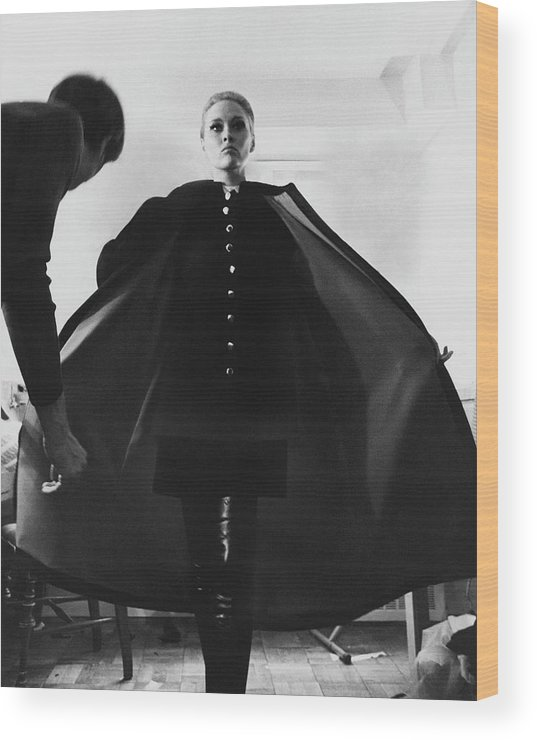 Actress Wood Print featuring the photograph Faye Dunaway Wearing A Melton Coat by Jack Robinson