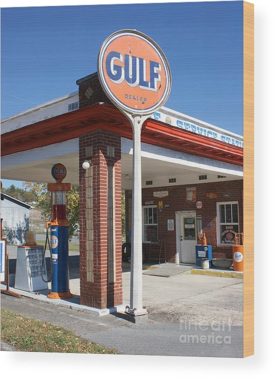 Gulf Gas Station Wood Print featuring the photograph Gulf Station Sign by Roger Potts