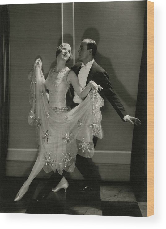 Beauty Wood Print featuring the photograph Maurice Mouvet And Leonora Hughes Dancing by Edward Steichen