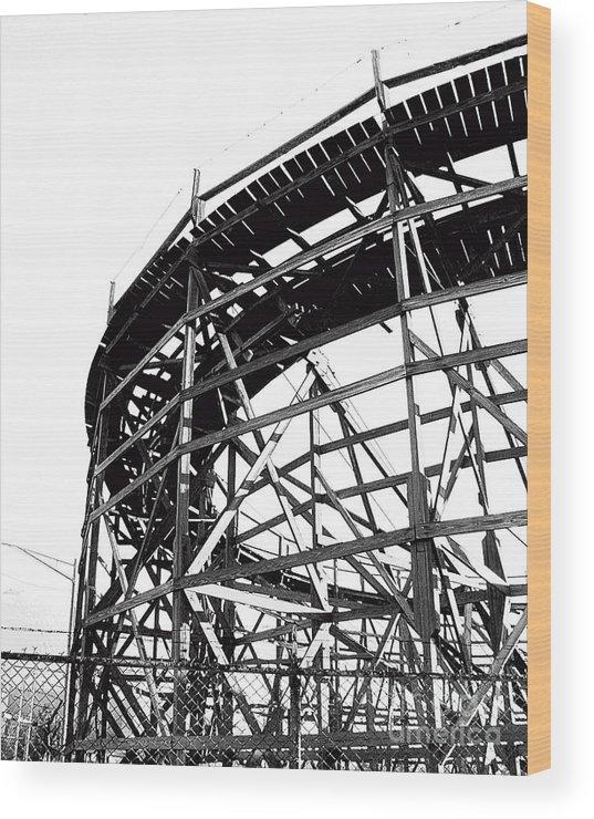 Roller Coaster Wood Print featuring the photograph Memphis Pippin by Lizi Beard-Ward