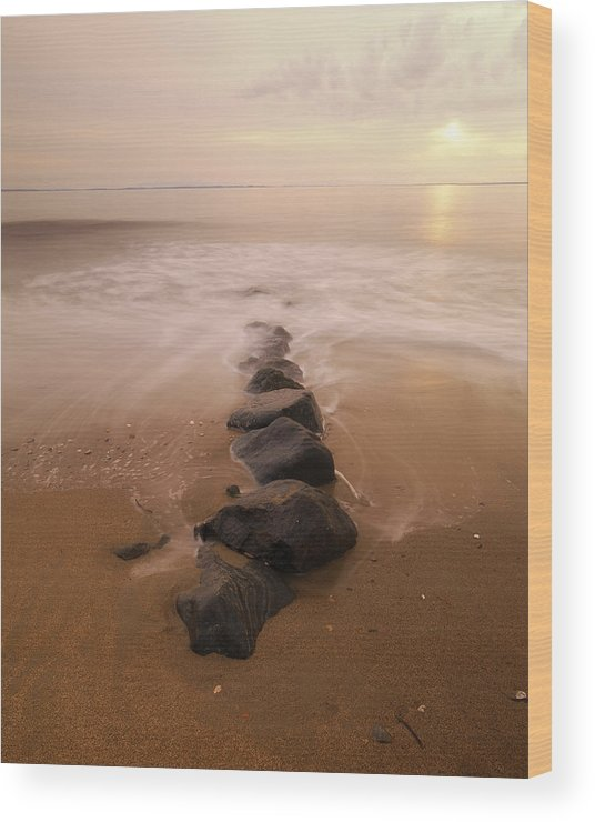 Beach Wood Print featuring the photograph Hard Symmetry by Thanos Tsaltas