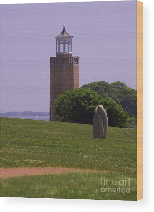 Lighthouse Wood Print featuring the photograph On The Green by Joe Geraci