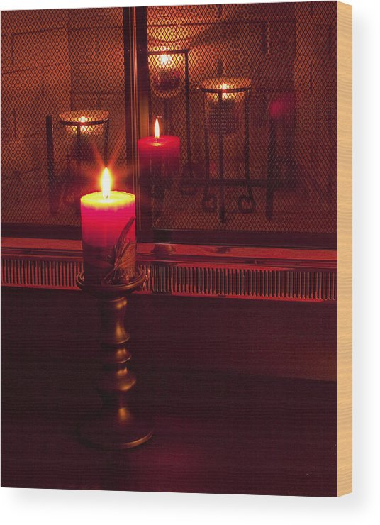 Jesus Wood Print featuring the photograph The True Light by Daniel Earnhardt